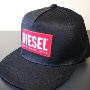 DIESEL HAT - Fashion Forward Styling for Everyone!
